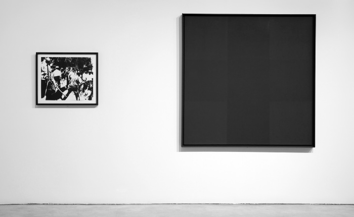 Andy Warhol, <em>Race Riot</em>, 1965, and Ad Reinhardt, <em>Abstract Painting, No. 3</em>, 1960–63. Photo by Silbila Savage, courtesy of the Berkeley Art Museum and Pacific Film Archive.