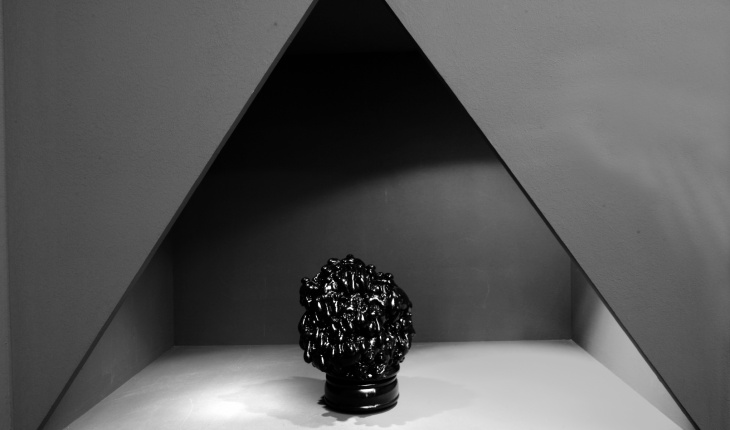 <em>Anonym</em>, installation view. Photograph by Norbert Miguletz.